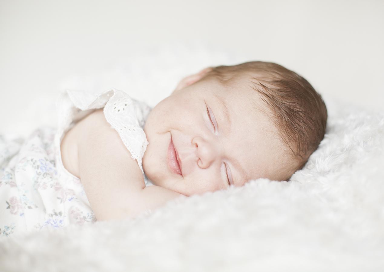 nyföddfotografering studio täby
